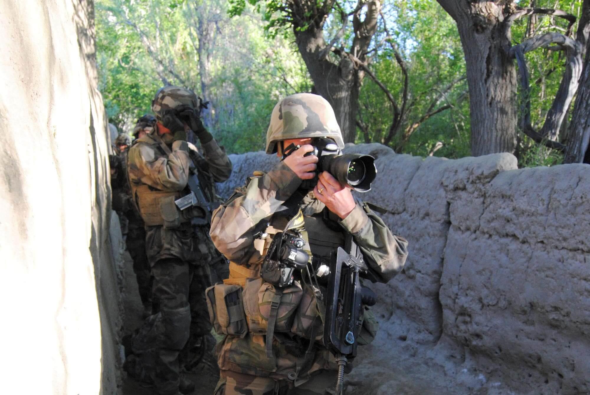 Environnement a risque la formation journalisme zone hostile et securite du personnel humanitaire signee Secoprotec